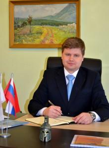 Директор ГБОУ школы-интерната № 289 Карягин Сергей Николаевич